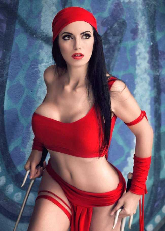 The Sexiest Costumes Spotted At Comic Con