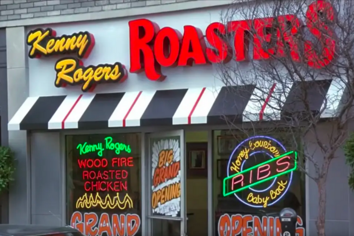 These Chain Restaurants Are Still Hanging On